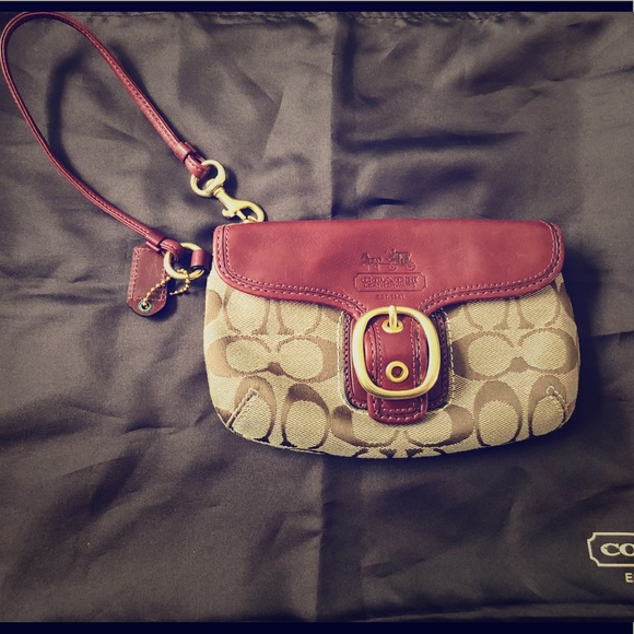 Coach Handbags - Coach Capacity Flap Wrislet